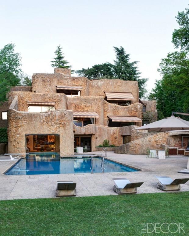 emanuele-filiberto-castle-2-819x1024