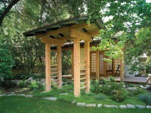 Natural-looking-archway-brings-home-the-Japanese-garden-atmosphere-with-ease