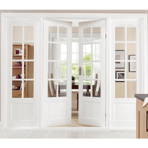 Белая дверь в кабинет