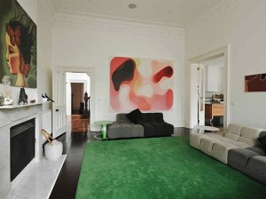 10-Dazzling-Pantone-Emerald-Green-Interior-Ideas-2