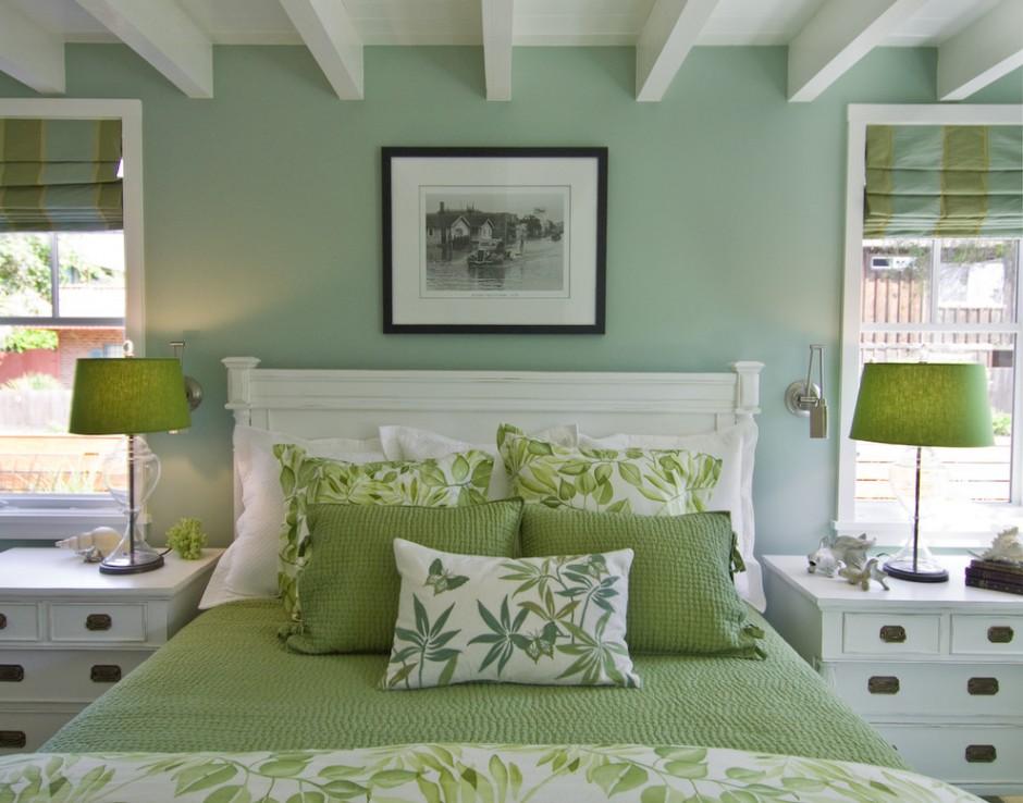 Зеленые оттенки в оформление спальни