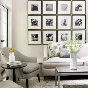 Black-and-White-in-Traditional-Living-Room-LaurieFlower-013