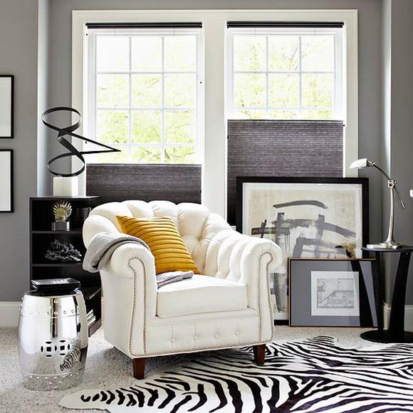 Интерьер бело черной гостиной
