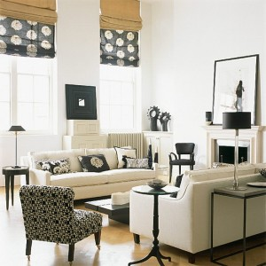 Black-and-White-in-Traditional-Living-Rooms-LaurieFlower-009