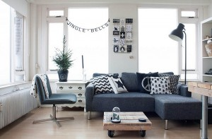 Black-and-white-living-room-with-some-Christmas-cheer