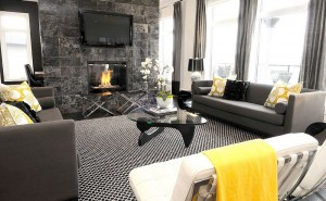 Gorgeous-black-and-white-living-room-with-interchangeable-accents