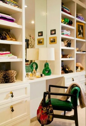 KELLY-GREEN-INTERIORS_DECORATING_MODERN-CHIC-HOME_BELLE-MAISON-1