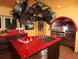 SP0132_RX-red-yellow-kitchen_s4x3_lg