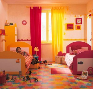 girl-and-boy-in-same-room-40