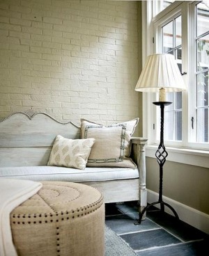 modern-living-room-design-white-painted-brick-wall-1