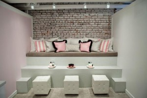 modern-living-room-design-white-painted-brick-wall-16