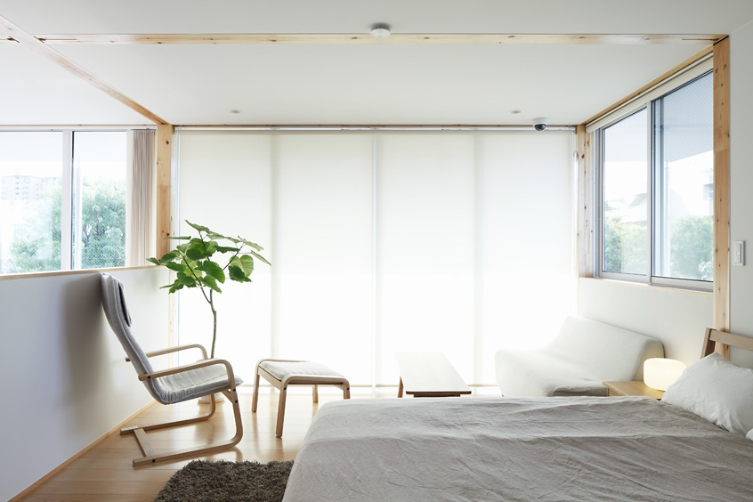 modern-white-bedroom