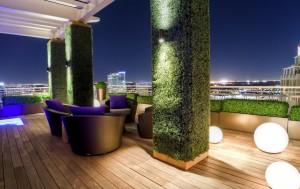 Column-ideas_exterior-grass-covered-column