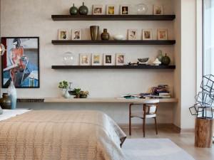 bedroom-shelves-pictures
