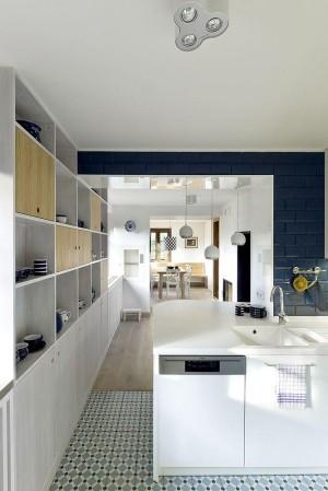 kitchen-600x899