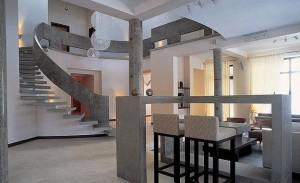 modern-interior-design-decorating-with-columns-9