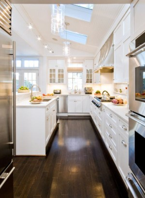 narrow-kitchen-design
