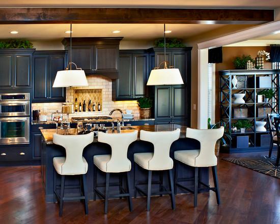 Сочетание дерева с синий кухней