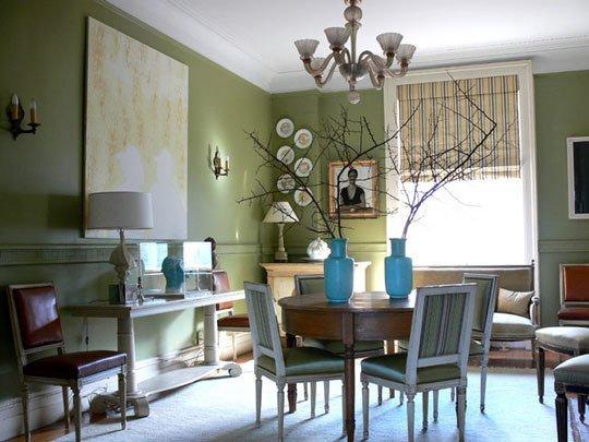Оливковый интерьере гостиной комнаты