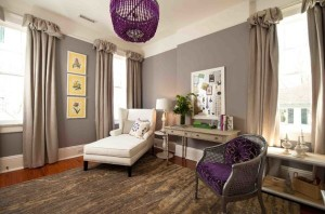 Lighting-fixtures-bring-in-purple-accents-in-an-unusual-fashion