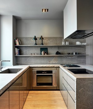 light-gray-kitchen-and-marble-counter