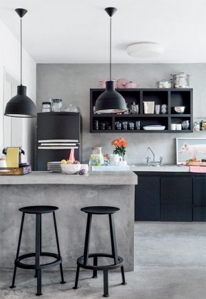 light-grey-island-and-dark-grey-cabinets