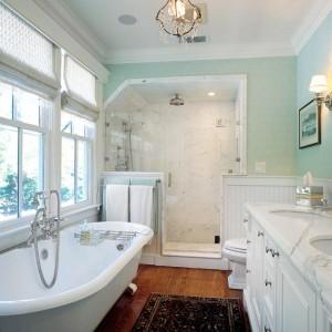 traditional-bathroom2-610x611
