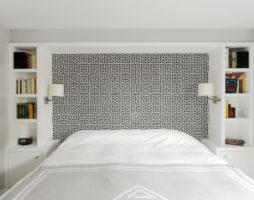 Чарующая простота спальни в греческом стиле