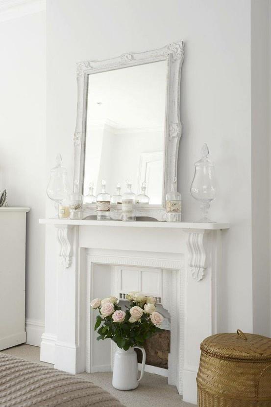 зеркало в гостиной