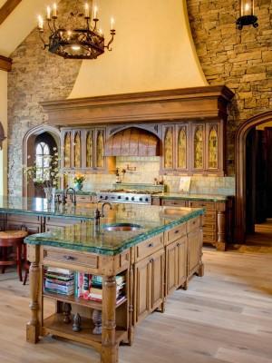 CI-White-River_Italian-style-kitchen_s3x4.jpg.rend.hgtvcom.1280.1707