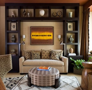 Contemporary-living-room-with-a-fabulous-display-and-a-Moroccan-rug