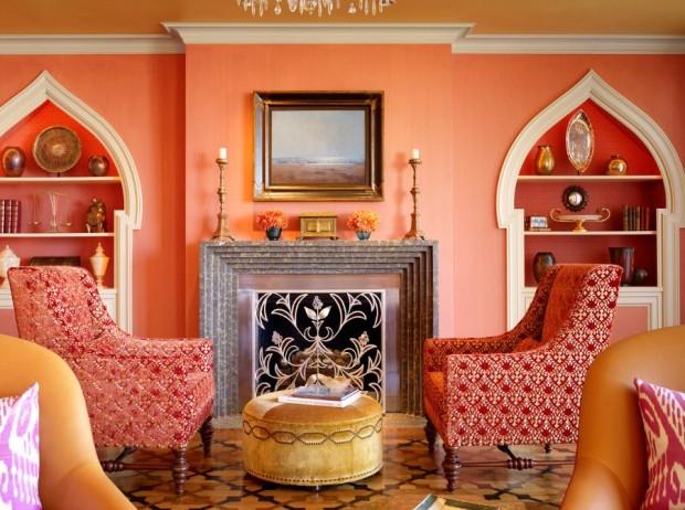 сочетание персикового красно и белого в марокканском интерьере