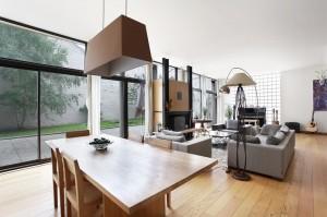 spacious-courtyard-overlooking-room