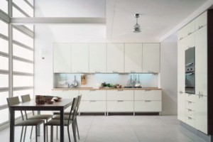 7modern-kitchen-cabinets-495x330