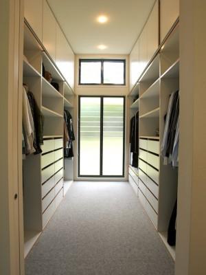 contemporary-closet (5)