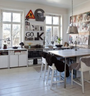 decorating-interiors-with-letters-13