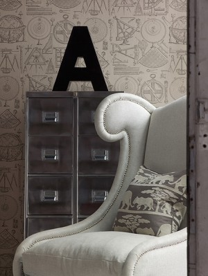 decorating-interiors-with-letters-15