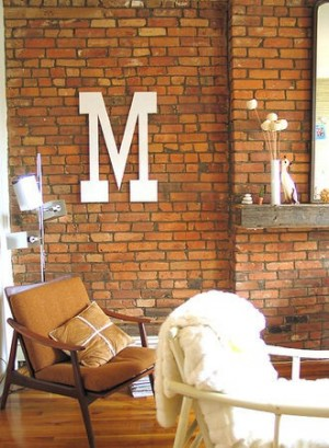 decorating-interiors-with-letters-21