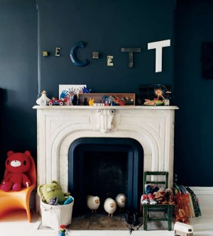 decorating-interiors-with-letters-26