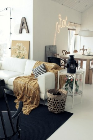 decorating-interiors-with-letters-32