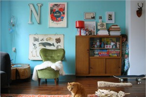decorating-interiors-with-letters-38