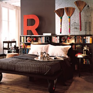 decorating-interiors-with-letters-6