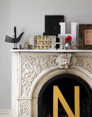 decorating-interiors-with-letters-7