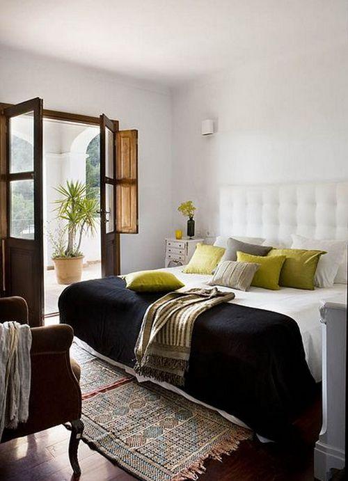 прикроватный коврик в спальне