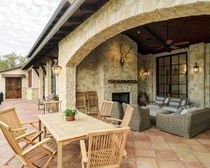 rustic-patio