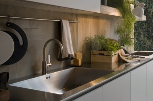 stainless-steel-kitchen-sink-and-counter-top-4
