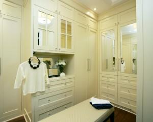 traditional-closet (41)
