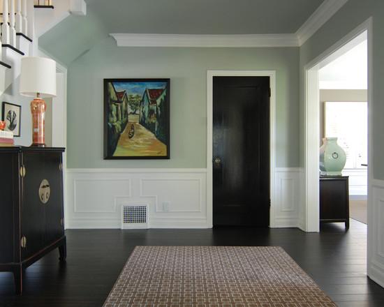 цвет двери венге гармонирует с цветом мебели