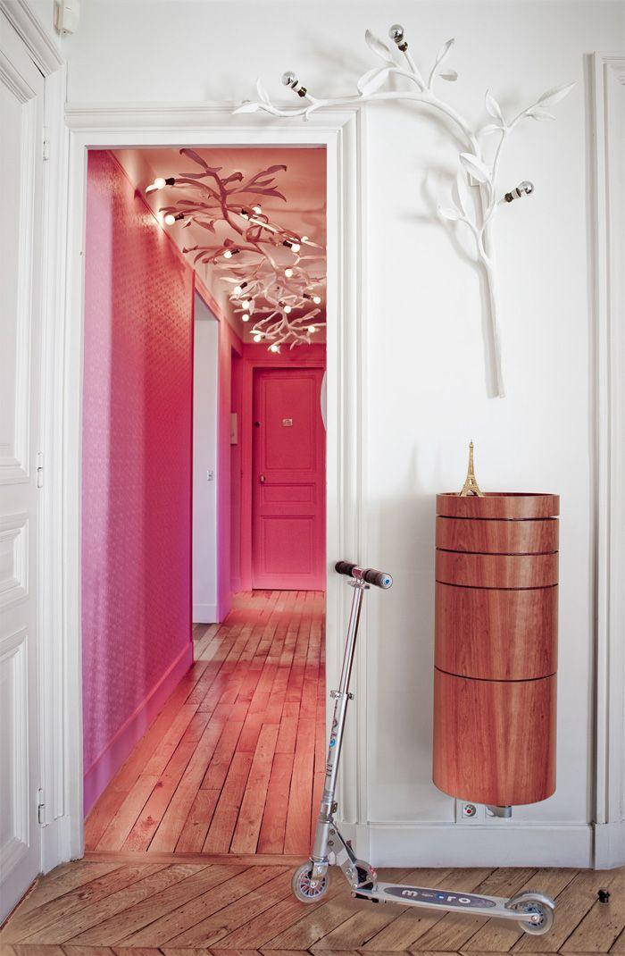 Модный цвет стен в прихожей