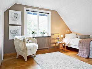 attic-room-22
